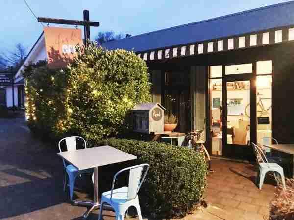 Josh's Café